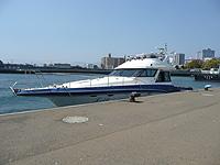 広島・宇品から出港の船